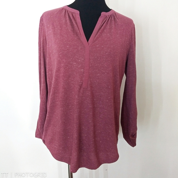 *3 for $15*Loft semi sheer back design top